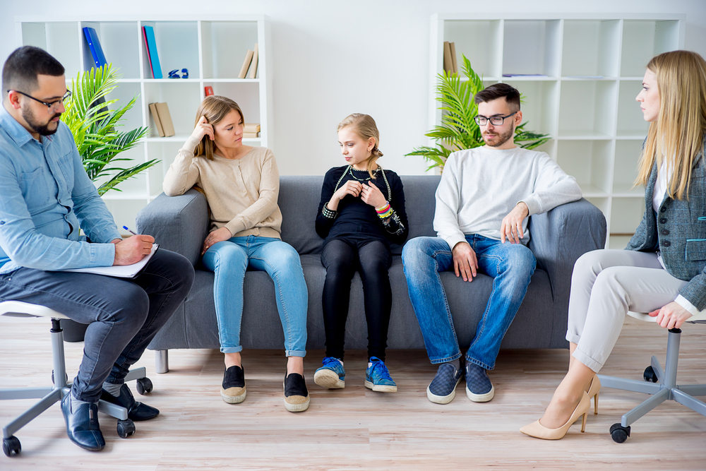 5-signs-your-family-needs-therapy-lifeworks
